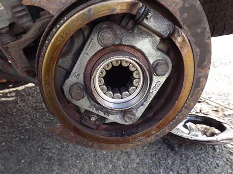 how to replace rear wheel bearing in a 1997 chrysler lhs rear wheel bearing replace on 2002 gmc 2500hd autos post