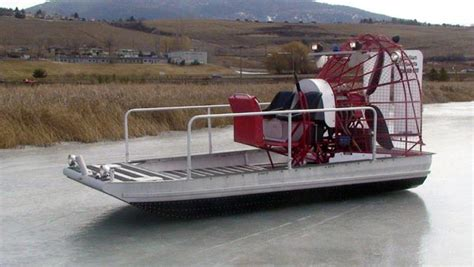 airboat canada 1 photos canadian airboats