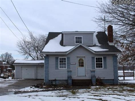 houses for sale alliance ohio 12105 easton st ne alliance ohio 44601 reo home details foreclosure homes free