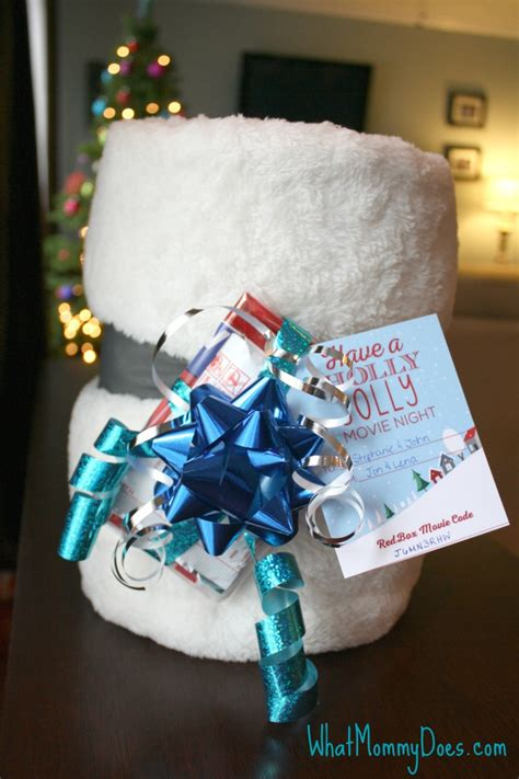 Can You Use Gift Cards At Redbox - cute redbox neighbor christmas gift idea what mommy does