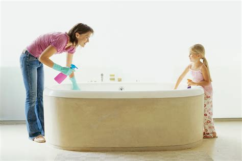 cleaning baby bathtub 6 must read spring cleaning articles australian handyman