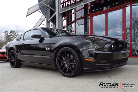 Ford Mustang with 20in Niche Targa Wheels exclusively from