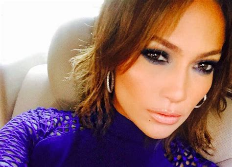 j lo new hairstyle jennifer lopez debuts new shorter haircut uinterview