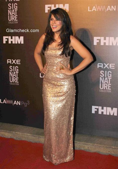 richa chadda gold celeb looks spotted during the trailer bachelor of the