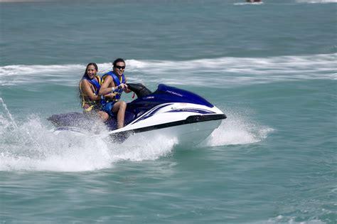 speed boat oahu jet ski waikiki honolulu oahu hawaii water sports center