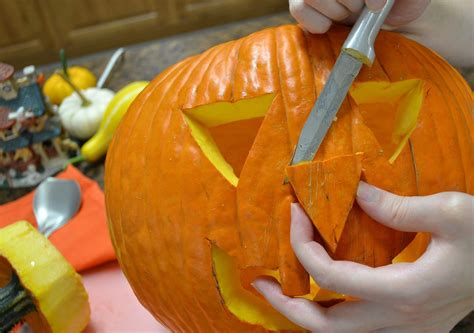 pumpkin carving contest at nail creek pub brewery the fuze magazine