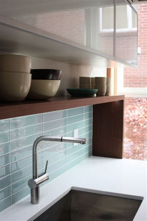 glass kitchen tile backsplash ideas best 25 glass tile backsplash ideas on glass