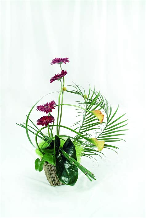 simple floral arrangements simple modern flower arrangement flower cellar shop