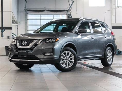 grey nissan rogue 2017 nissan rogue sv all wheel drive with moonroof
