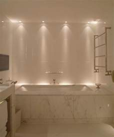 Bathtub Light by Best 25 Bathroom Lighting Ideas On Bathroom