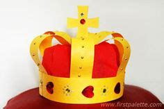 How To Make Crowns Out Of Construction Paper - crowns tiaras and princess hats on felt