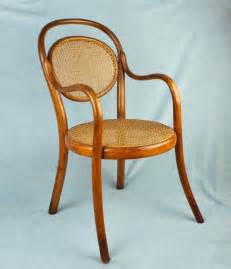 Thonet Bistro Chair Antique Thonet Austria Wien Child S Bentwood Cafe Bistro Chair Caned Seat Back Ebay