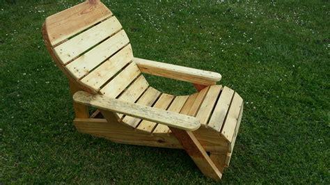 chaise longue en palette bois maison design bahbe com