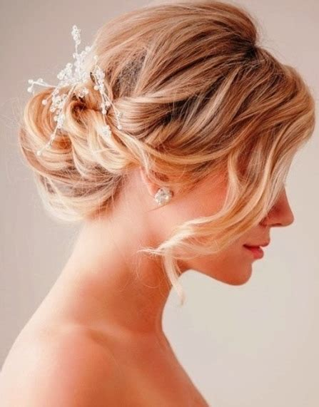 Wedding Hairstyles Knot by 15 Sweet Wedding Hairstyles For Medium Hair