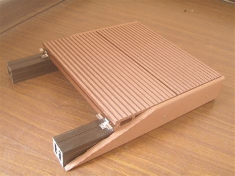 China Ocox Popular Model Wpc Flooring Ho China