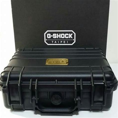 Box Kaleng G Shock casio g shock box able to keep 8 condition everything else on carousell