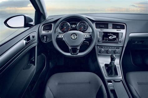 volkswagen golf 7 bluemotion interieur concept carblogger