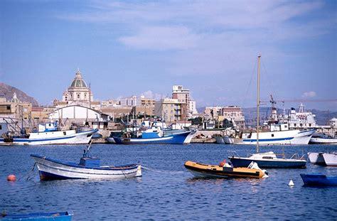 porto trapani viaggio a trapani 6 giorni di mare storia e sapori siciliani