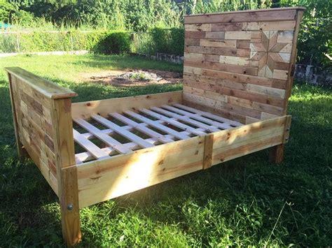 pallet futon frame diy pallet bed frame for your bedroom