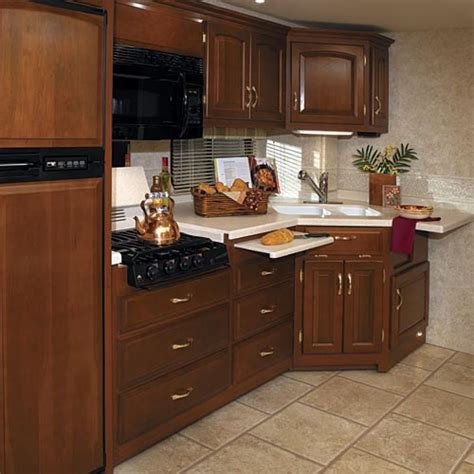 kountry kitchen cabinets awesome kountry kitchen kitchen table sets