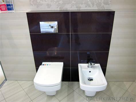 bidet z sedesem coraz popularniejszy komplet łazienkowy bidet i sedes o