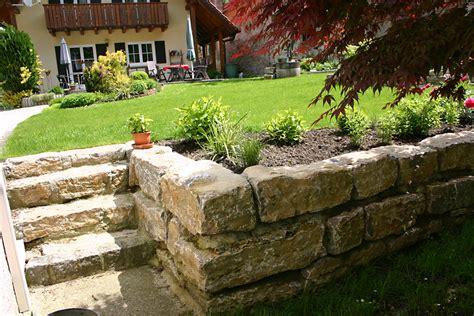 Gartenmauer Naturstein Kosten by Steine Gartenmauer Preise Steine Gartenmauer Preise