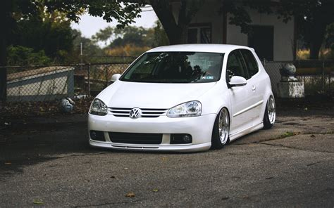 volkswagen car white vw volkswagen golf mk5 white tuning car front wallpaper
