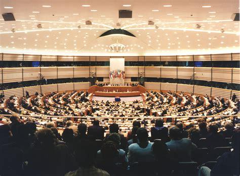 consiglio dei ministri europei 80 stage retribuiti al consiglio dell unione europea