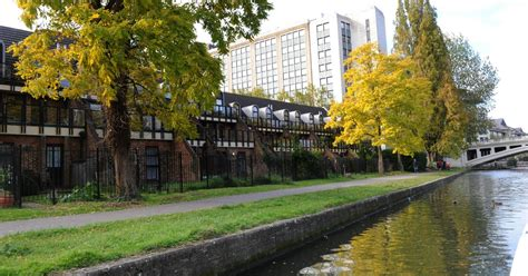 thames college berkshire reading part of the thames path in reading could become an