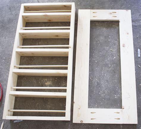 build  diy spice rack