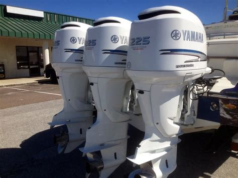 boat detailing tarpon springs fl 250 yamaha outboards painted insignia white awlcraft 2000