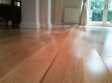 Steam Cleaning Wooden Floors   Here's Why It's A Bad