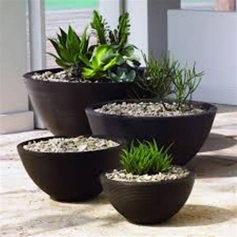 Lawn Planters by How To Arrange Outdoor Flower Planters 4 Ideas Home Improvement Day