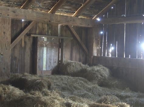 inside barn inside an old barn 14 image 1024x768 pixels