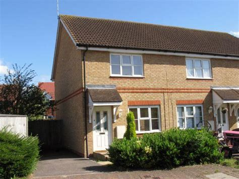 2 bedroom houses for sale in ashford kent 2 bedroom terraced house for sale in skylark way park
