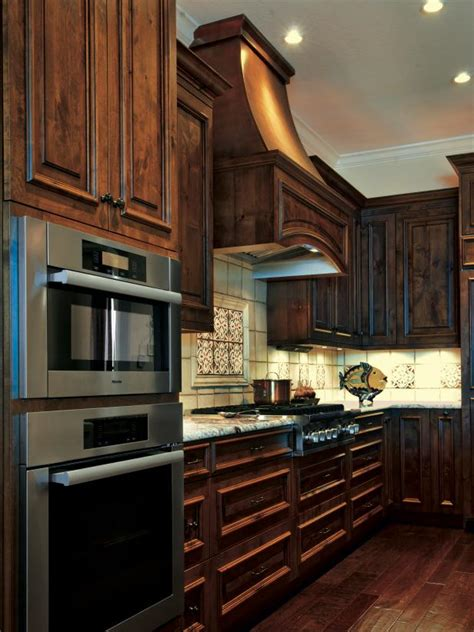 Building Traditional Kitchen Cabinets by Photo Page Hgtv