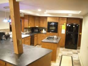 kitchen cabinets lighting ideas kitchen cabinets lighting ideas quicua