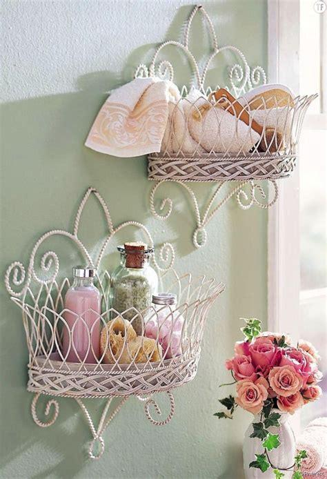 shabby chic bathroom wall decor d 233 coration shabby petits meubles muraux pour salle de bain