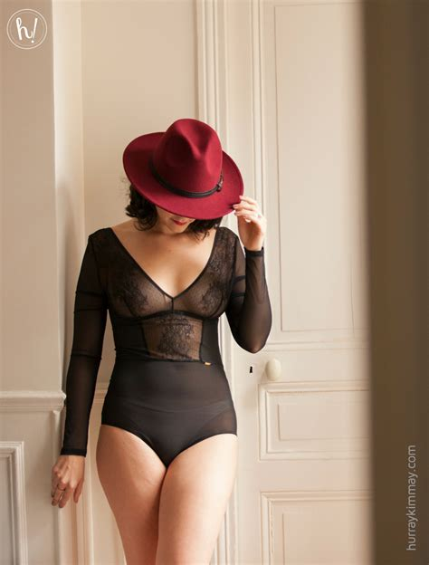 how to go to the bathroom wearing shapewear