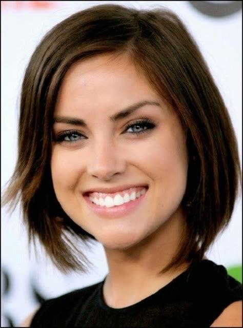 model rambut pendek wanita sesuai bentuk wajah gaya hidup
