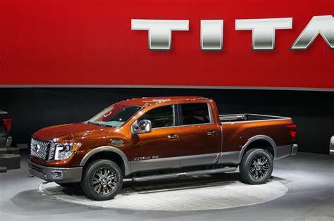 nissan diesel titan 2016 nissan titan xd arrives with diesel v8 power