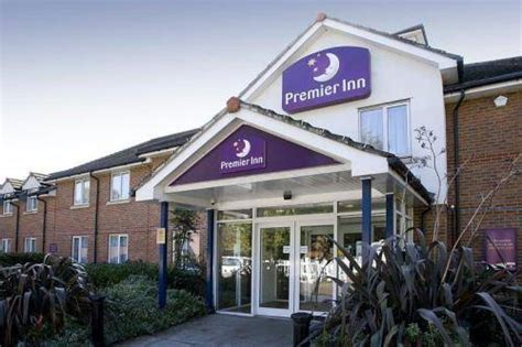 Hotels Accommodation Near Epping Forest College