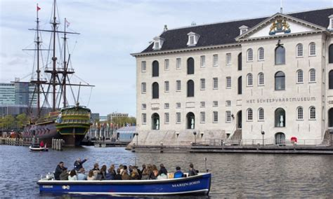 entree scheepvaartmuseum amsterdam scheepvaartmuseum rondvaart blue boat company i s m