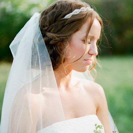 a wedding hairstyle that works well with a veil wedding