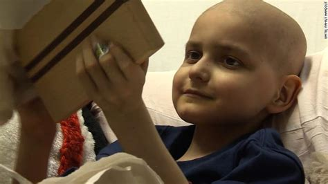 boy battles same type of brain cancer that killed his little boy who got thousands of christmas cards loses
