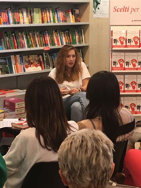 libreria mondadori carpi felicia kingsley successo in rosa e in social network