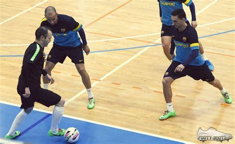 Amazing Setelan Futsal Nike Kerah iniesta futsal jordi torras on set at nike fc247 shoot