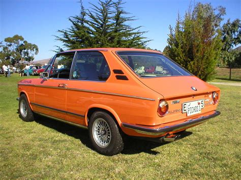 bmw 2002 tii specs bmw 2002 tii touring photos news reviews specs car