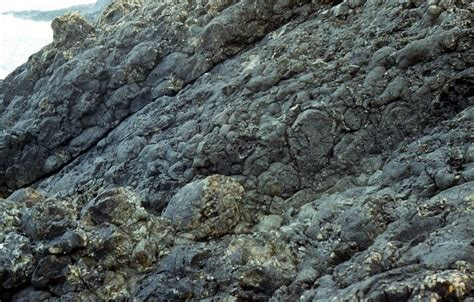 How Does Pillow Lava Form by Fishguard Volcanic