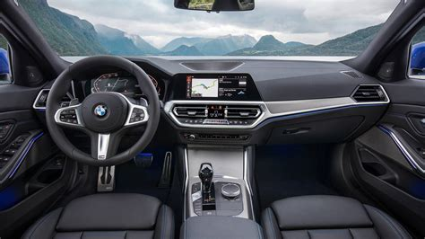 Bmw 3 Series 2019 Interior by All New 2020 Bmw 3 Series Is Bigger But Lighter Familiar